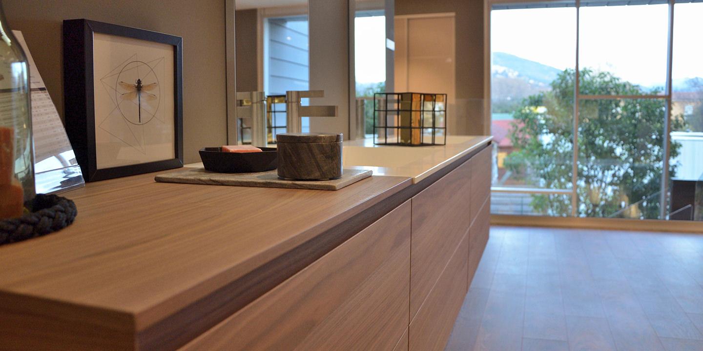 salles de bains personnalis es salles de bains sur mesure nice. Black Bedroom Furniture Sets. Home Design Ideas
